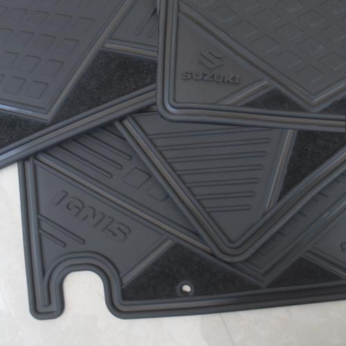 Tapetes Originales Suzuki Ignis 2017-2019